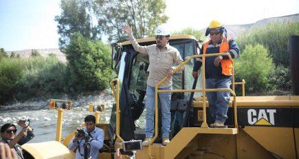 Elmer Cáceres vuelve a suspender decisión sobre adenda 13 de Majes Siguas