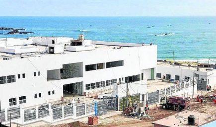 Gobierno destina S/ 10 millones para concluir hospitales de Camaná y Cotahuasi