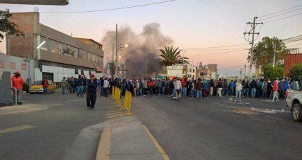 Bloqueo de vías de ingreso y salida de Arequipa en primeras horas del paro macroregional