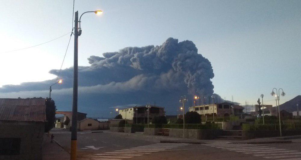 arequipa moquegua ubinas erupción empeora evacuación poblados