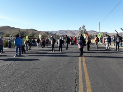 Tía María: Policía reprime a ciudadanos en la carretera a Matarani