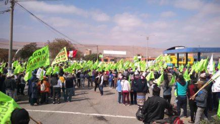 Tía María: Manifestantes marcharon hasta Mollendo en segundo día de paro