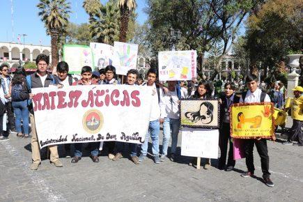 Dos mil integrantes de la UNSA en marcha contra violencia hacia la mujer