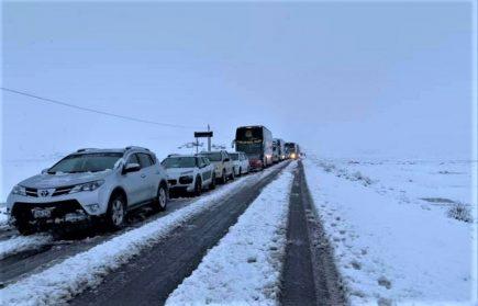 Intensa nevada bloqueó carreteras en Arequipa – Puno – Cusco (VIDEO)