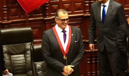 ¿Quién es Pedro Olaechea, el nuevo presidente del Congreso de la República?
