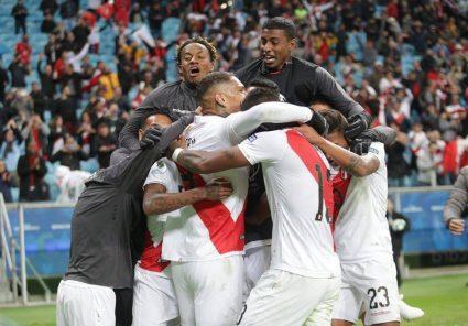 Arriba Perú: Así superó la selección peruana a la de Chile y el domingo jugará la final con Brasil (fotos)