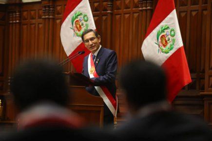 Martín Vizcarra propuso adelanto de elecciones recortando el mandato del Congreso y del Presidente al 2020