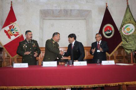 UNSA y Ejército afianzan alianza estratégica en áreas como arquitectura