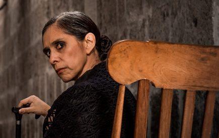 Bernarda Alba: «Hilo y aguja para las hembras» (video)