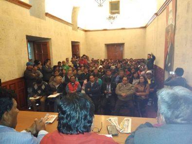 Gremios afiliados a la FDTA acordaron huelga indefinida desde el lunes 5 en Arequipa