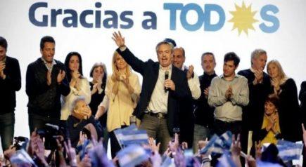 Contundente triunfo peronista sobre Macri