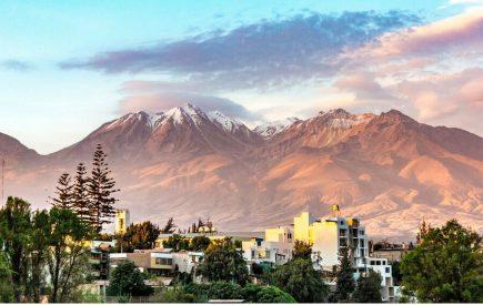 Arequipa: Costumbres de un pueblo que vive en tierra de volcanes