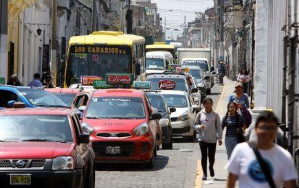 Postergan por una semana restricción de vehículos en Centro Histórico