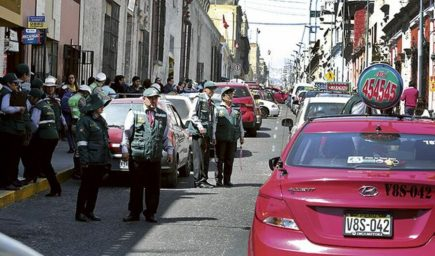 Plaqueo: gerente de Transportes reconoce imposible controlar todos los vehículos