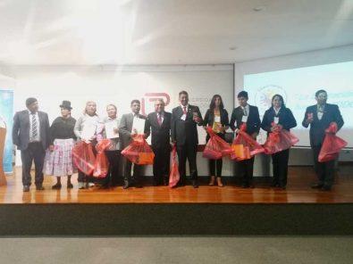 Maestros voluntarios para reforzamiento de alumnos son reconocidos