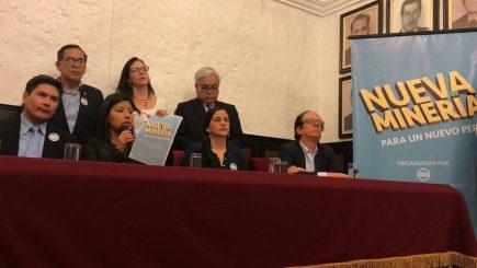 """Verónika Mendoza: """"En PERUMIN se encerrarán a discutir sobre la vieja minería"""""""