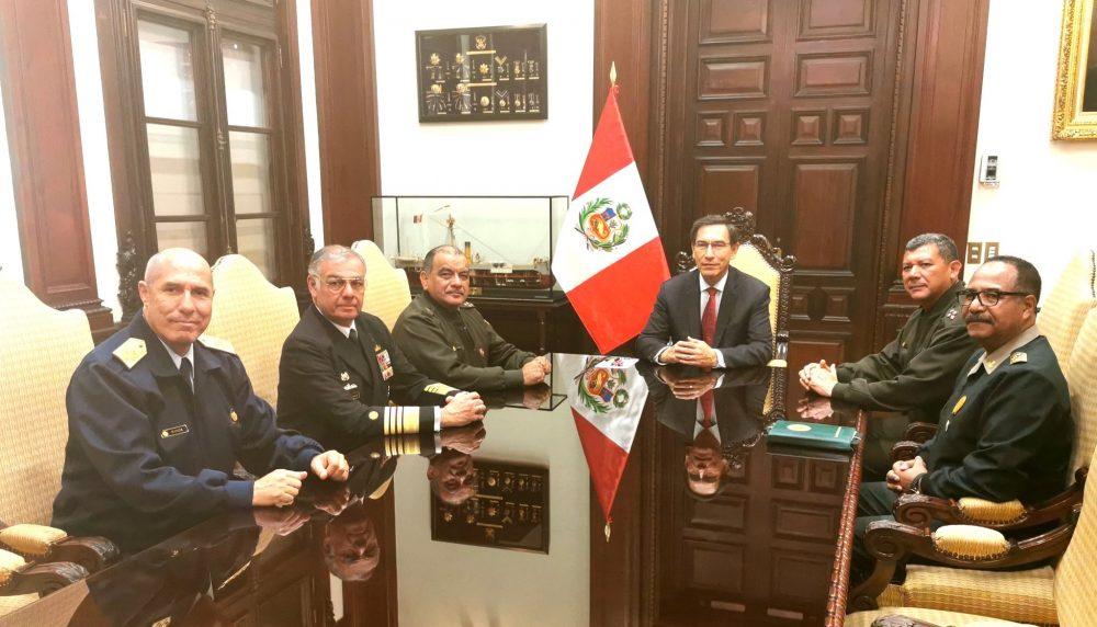 Martin vizcarra policía nacional del Perú fuerzas armadas presidente constitucional