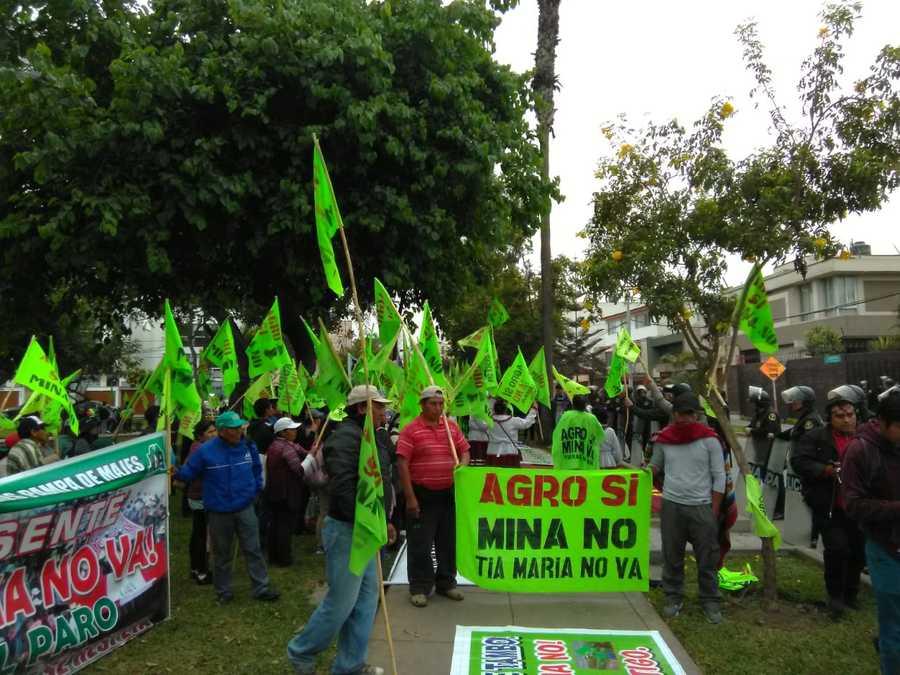 protestantes valle de Tambo