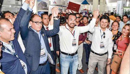 Alcaldes del país respaldan disolución del Congreso de la República