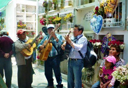 Cementerio La Apacheta recibirá 150 mil visitantes junto a cierre de calles