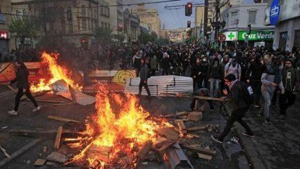 Chile no da tregua a pesar del «perdón» de Sebastián Piñera