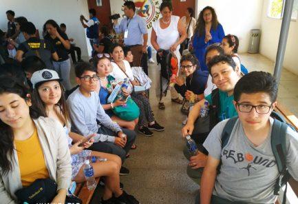 Estudiantes varados en Ecuador retornaron en aviones de la Fuerza Aérea