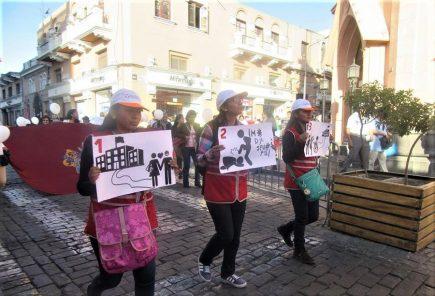Arequipa se une a marcha por el día contra la violencia hacia la mujer