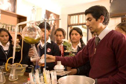 Arequipa: Tres colegios ganan concurso nacional de innovación educativa