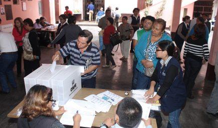 Cuatro partidos políticos realizan elecciones internas este domingo 3 de noviembre