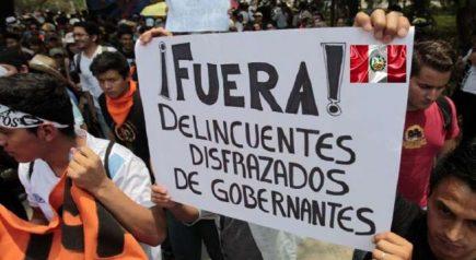Política liberal y proceso constituyente en el Perú
