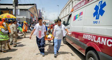 Obras a medio hacer en calle San Juan de Dios son un peligro para la población