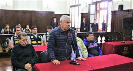 Dictan 18 meses de prisión preventiva contra ex primer ministro César Villanueva