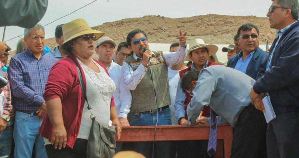 arequipa elmer cáceres llica gobernador de arequipa la joya mining