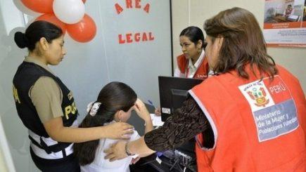 Acusan a Centros de Emergencia Mujer (CEM) de discriminar a lesbianas