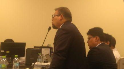 Alcalde Omar Candia niega colusión en cierre de juicio por compra en ASA
