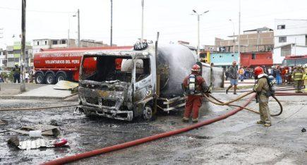 Villa El Salvador: dos fallecidos por deflagración, conductor se entrega (VIDEO)