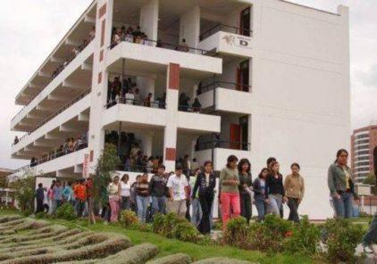 Ofrecen charla sobre traslados para alumnos de universidades no licenciadas