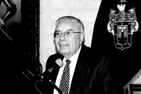 hijo ilustre de Arequipa Juan Guillermo Carpio
