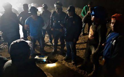 Arequipa: continúa búsqueda de mineros atrapados en socavón