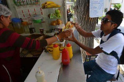 Adiós a la salchipapa: UNSA prohíbe venta de comida chatarra y elimina quioscos