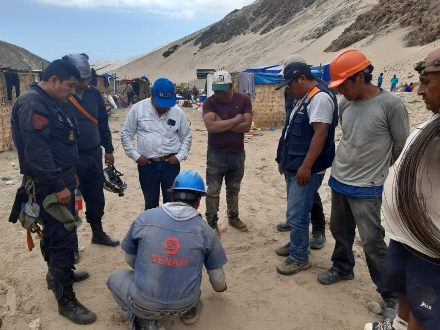 Arequipa: rescate de mineros atrapados en socavón en Caravelí