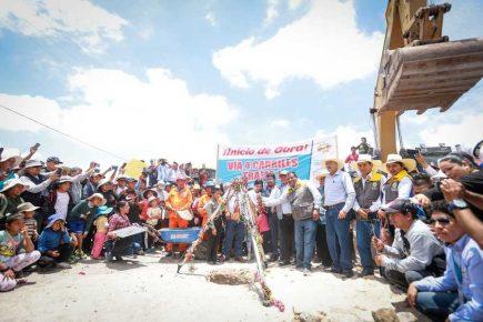Elmer Cáceres en inicio construcción vía de Cono Norte no habla de incidente