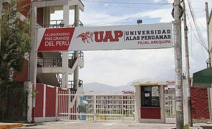 Exámenes de admisión para estudiantes de universidades no licenciadas