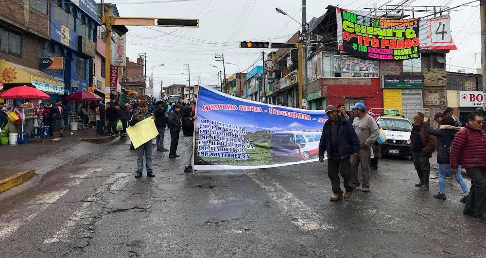 transportistas fuera del sit huelga