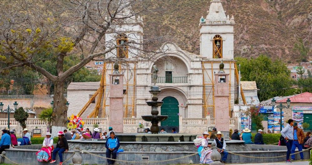 arequipa reconstrucción templo de chivay