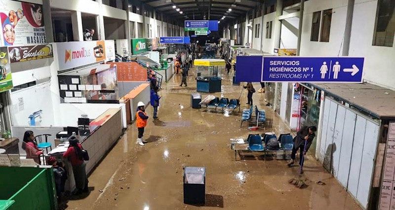 arequipa terminal terrestre cerrado