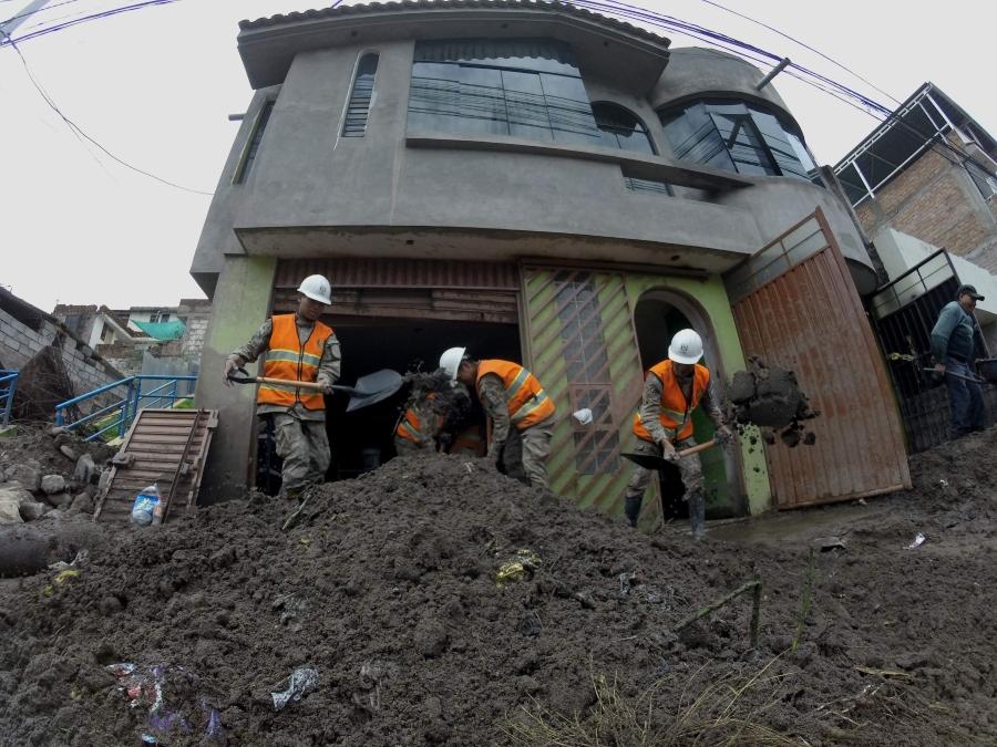 Lluvias en Arequipa: Casas terminaron sepultadas con lodo después del ingreso de huaico en Pozo Negro, Paucarpata