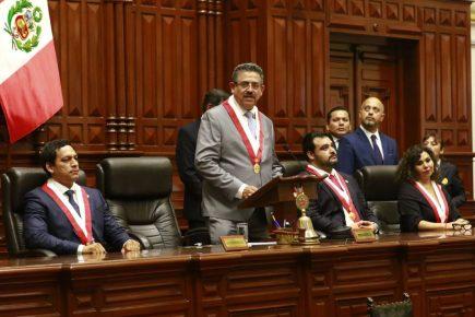 Manuel Merino de Lama es el nuevo presidente del Congreso de la República