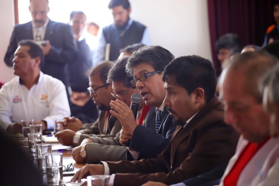 Autoridades sostuvieron reunión por coronavirus a puerta cerrada. Foto: Gobierno Regional de Arequipa