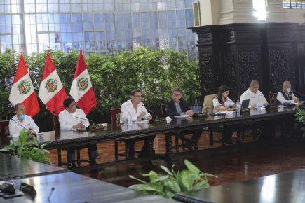 Vizcarra anuncia 300 millones para préstamos a pequeñas empresas
